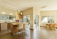 קליל בלגי 7300 Room Divider Walls, House Design, Windows, Doors, Living Room, Kitchen, Table, Furniture, Home Decor
