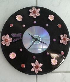 Reciclando disco de vinil e cd!! by jojackie, via Flickr