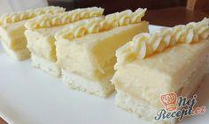 Krémové luxusní vanilkové řezy   NejRecept.cz Individual Desserts, Sweet Bakery, Salty Snacks, Vanilla Cake, Cupcake Cakes, Cooker, Cheesecake, Dairy, Food And Drink