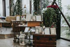 tableau de mariage con cornici vintage Blackberry, Wedding Ideas, Winter, Hot, Vintage, Home Decor, Winter Time, Decoration Home, Room Decor