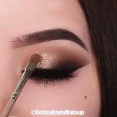 30 Cute Makeup Creative, Looks Like the Goddess of Top Rose Gold Makeup – night make up Makeup Eye Looks, Eye Makeup Steps, Eye Makeup Art, Natural Eye Makeup, Smokey Eye Makeup, Cute Makeup, Eyeshadow Makeup, Makeup Kit, Makeup Tools