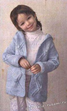 Детское пальто с аранами на 4-5 лет спицами