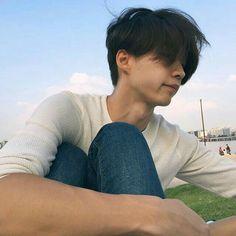 gambar boy, ulzzang, and asian Boys Korean, Korean Boys Ulzzang, Asian Boys, Hot Asian Men, Style Ulzzang, Ulzzang Girl, Cute Asian Guys, Cute Guys, Beautiful Boys