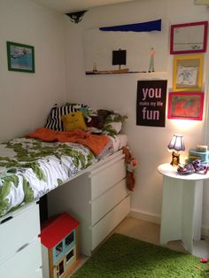 life unstyled: two ikea MALM dressers as a bed base