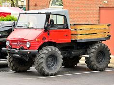 Mercedes Unimog, via Flickr.