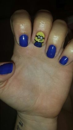 Ongles minion