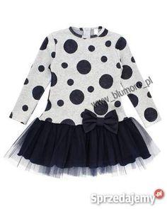 Sukienka z tiulami w grochy