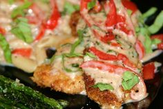 Menu Musings of a Modern American Mom: Chicken with Basil Cream Sauce - really want to try this