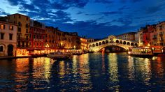 Venice-Italy-Night-View-Pictures-Collection