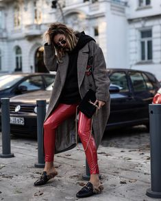 r e d have you seen my latest trend report w/ my current favorite pieces in red? Happy Sunday evening http://liketk.it/2tf83 @liketoknow.it #liketkit #HM