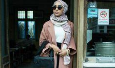När H&M och Åhléns lanserade sin höstkollektion för några veckor sedan bar en av modellerna slöja. Bravo, tänkte jag! Med…