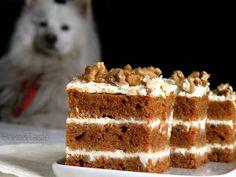 Bake: Ciasto marchewkowe z kremem