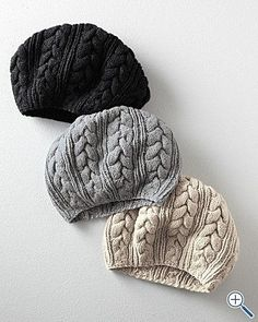 Cable knit hats | Image via rinran.lt