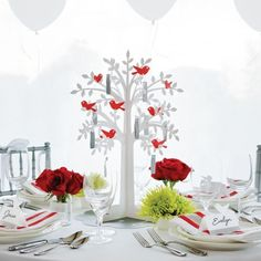 Winter Wedding Decorations, Invitations and Party Favors