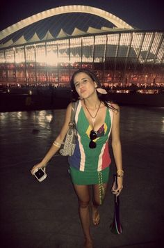 Good Luck kisses bafana South African Flag, Girls World, Kisses, Most Beautiful, Soccer, Sexy, Pretty, How To Wear, Fashion