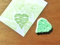 This listing is for a hand carved rubber stamp of a monstera leaf. The stamp is roughly 5 x 5 cm (2 x 2) in size and comes either mounted or unmounted. Due to the the hand-carved nature of this item, I must ink the stamp to test its impression during the carving process.  This stamp is perfect for all your crafting and cardmaking needs, and feels great in your hands while stamping it for an alone impression, or repeated to make patterns or backgrounds. You can even stamp the mandala and…