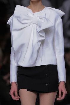 Viktor & Rolf Fall 2013 Runway Pictures - StyleBistro