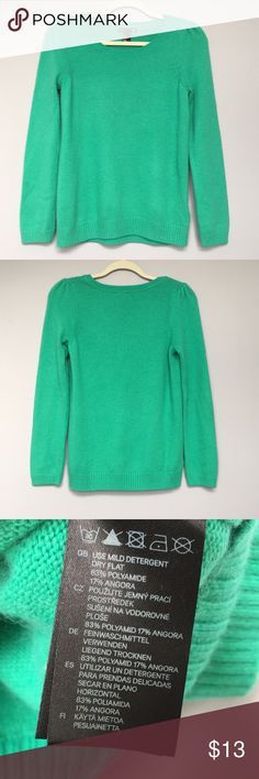H&M green sweater Soft and cozy green sweater from H&M. Worn once, in EC. H&M Sweaters
