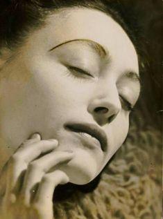 Portrait de Nusch Eluard, 1935 - Dora Maar