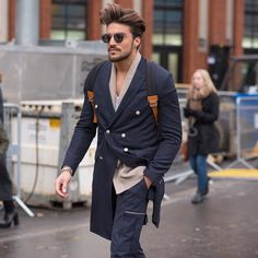 #LubakiLubaki | #AlexandreGaudin  #With @Marianodivaio #Before #Dior #PFW  www.lubakilubaki.com by Alexandre Gaudin  #StreetStyle#photographer#photo#man#marianodivaio#fashionweek#fashionweekparis#mensfashion#menswear#Parisfashion#fashion#streetlook#Paris#france#mode#moda#style#Nofilter http://ift.tt/1Qnzgmz