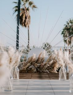 You've Got to See this Modern Meets Vintage Monochrome White Wedding in Hollywood - Green Wedding Shoes Wooden starburst ceremony decor with pampas grass. Wedding Trends, Wedding Designs, Boho Wedding, Wedding Styles, Wedding Ceremony, Wedding Flowers, Wedding Day, Wedding White, Wedding Arches