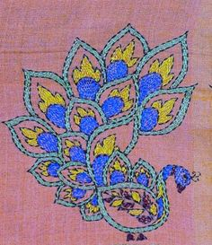 kantha needlework results - ImageSearch Kasuti Embroidery, Indian Embroidery, Applique Embroidery Designs, Hand Embroidery Videos, Hand Embroidery Stitches, Cross Stitch Embroidery, Kutch Work, Kantha Stitch, Kantha Quilt