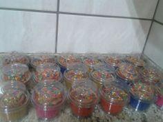 Cupcakes  embalados individualmente . Encomendinha :)