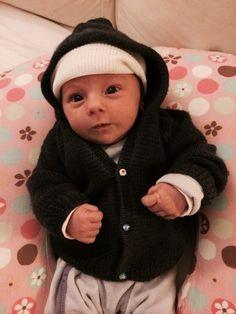 Maglioncino con cappuccio in lana blu neonato