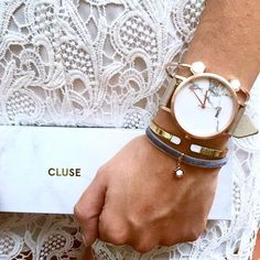 The ultimate finishing touch. Minimal style in matching multiples. How will you combine your CLUSE pieces?