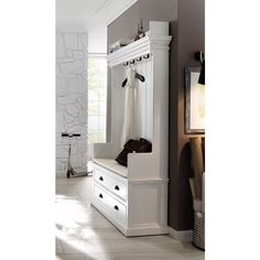 Just love this coat bench with drawers. It would look great next to my back door.