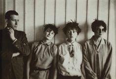 Marcel Breuer and his Harem (Martha Erps, Katt Both and Ruth Hellos), 1927.