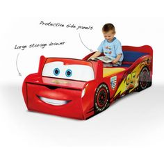 Cars Lightning McQueen Feature Toddler Bed with Storage and Seat