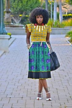 african print: style pantry I like the top African Inspired Fashion, African Print Fashion, Africa Fashion, Fashion Prints, African Attire, African Wear, African Dress, African Women, African Style