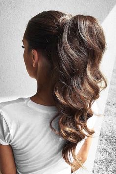 elegant ponytail using Ombré Chestnut Luxy hair extensions