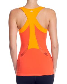 alo active wear RUNNING TECH TANK. Love the lines.