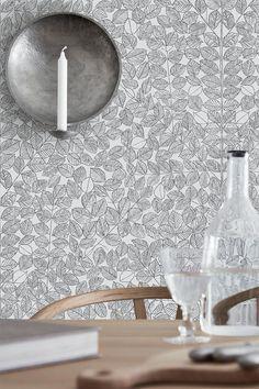 Boråstapeter släpper ytterligare en kollektion med kända mönster av berömda skandinaviska formgivare. Klassiker som nu hamnat på ...