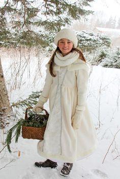 Aiken House & Gardens: A Winter Walk with Lila Winter Walk, Winter White, White Costumes, Walk In The Woods, Winter Beauty, A Perfect Day, House Gardens, Cute Babies, Going Out