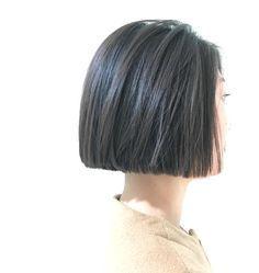 お客様スタイル ストレートな質感のマイクロ丈ボブ⚡️ ダークベージュのハイライトが立体感を出します #ボブ #bob #hair #hairstyle #fashion #style #ショートヘア #ハイライト #ベージュ #black #黒髪ボブ #ナチュラル #ginza #Shima #shimaplus1 #blackhairstylesbob