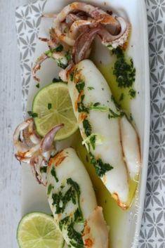 Italian Recipes Tender and crisp grilled squid Calamari Recipes, Fish Recipes, Seafood Recipes, Gourmet Recipes, Healthy Recipes, Grilled Recipes, Quick Fish, Fish Pasta, Grilled Squid
