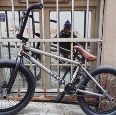 Don't forget to hit up @digbmx to check out a bike check with @courageadams and his current Geo setup!  #bmx #flybikes #bike #bicycle #style #bikecheck #digbmx