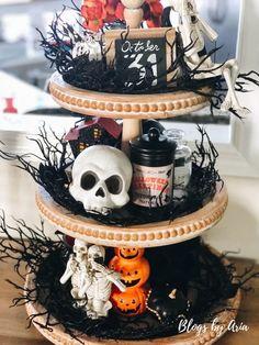 Farmhouse Halloween, Halloween Mantel, Halloween Home Decor, Halloween House, Fall Halloween, Halloween Flowers, Halloween Stuff, Halloween Treats, Happy Halloween