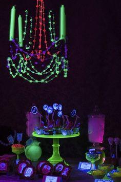 Glow In The Dark Black Light Party Ideas