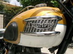 Triumph Tiger 650 | Triumph Trophy 650 / Thunderbird 650 / Tiger 650 (TR6) Triumph 650, Triumph Motorcycles, Cars And Motorcycles, British Steel, British Motorcycles, Triumph Bonneville, Hot Bikes, Classic Bikes, Super Bikes