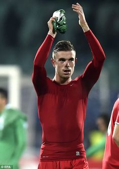 Henderson applauds the Liverpool fans