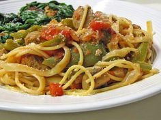 Pasta with roasted peppers and sausage