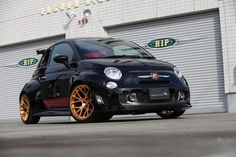 Fiat after modification and/or restoration by RK Design. Visit this section to see stunning photos with complete step by step build photos.