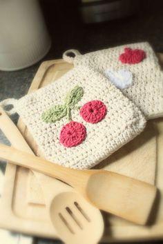 Classy Crochet: Crochet Cherry Potholders