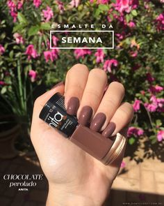 Have you found your nails lack of some modern nail art? Yes, recently, many girls personalize their nails with beautiful … Heart Nail Designs, Nail Designs Spring, Trendy Nail Art, Stylish Nails, Sns Nails Colors, Thanksgiving Nail Art, Nail Remover, Modern Nails, Heart Nails
