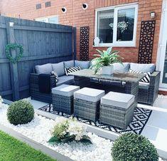 Small Outdoor Patios, Small Backyard Gardens, Small Gardens, Outdoor Spaces, Outdoor Gardens, Outdoor Living, Back Garden Design, Backyard Garden Design, Small Garden Inspiration