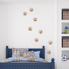 $20 For the nature and wildlife enthusiast you know, these Grizzly Bear Tracks Wall Decals will add a touch of the great outdoors into their room.